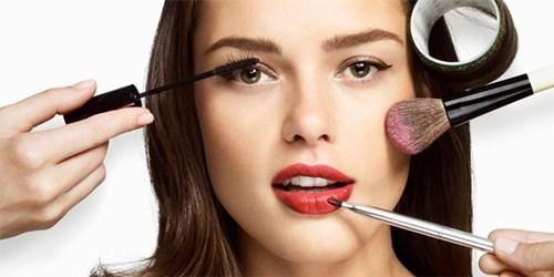 Beberapa Metode Aneh Untuk Mempercantik Wajah