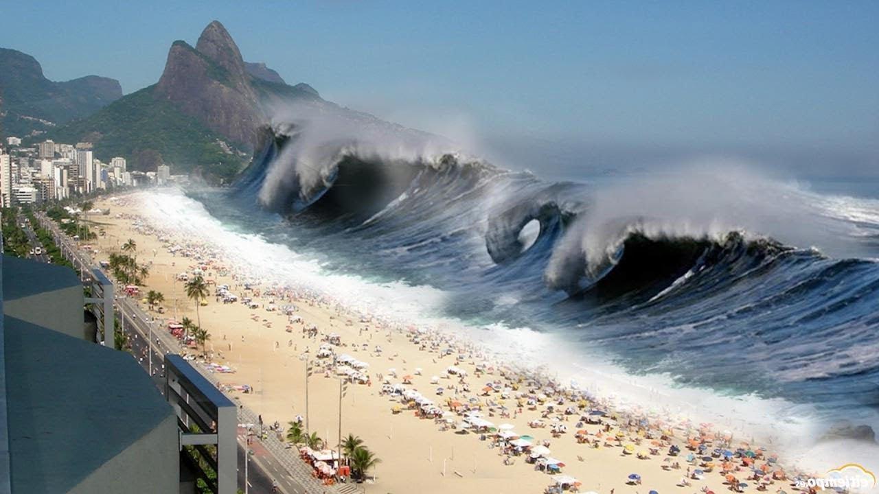 Datang Tsunami Saat Berlibur ke Pantai? Ini yang Harus Kamu Lakukan!