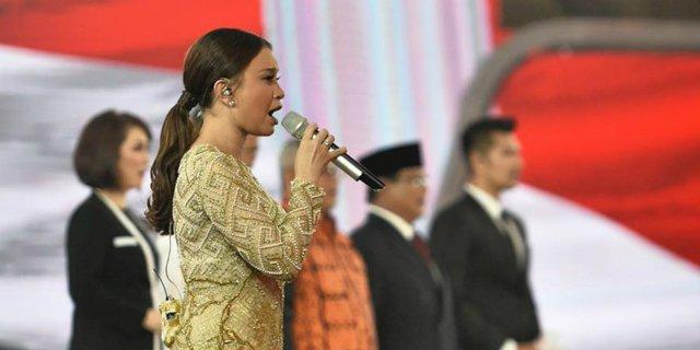 Rossa Minta Maaf Karena Kesalahan Saat Bernyanyi di Debat Capres